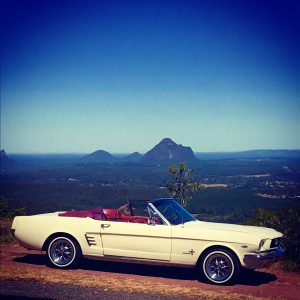 Mustang Convertible on Tour in the ranges of Sunshine Coast